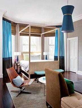Frank_Roop_blue_brown_bedroom_ElleDecor