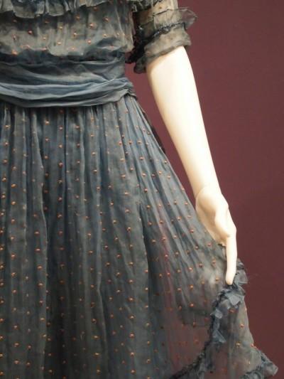viaidon'tweardresses
